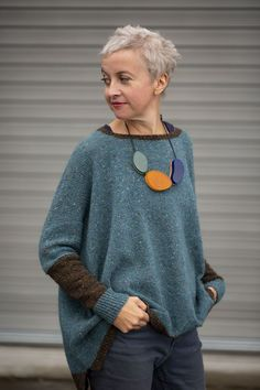Crochet Patterns Pullover two-shade Strathendrick – Kate Davies Designs Love Knitting, Hand Knitting, Knitting Patterns, Crochet Patterns, Knitting Designs, Kate Davies Designs, Knit Fashion, Fashion Wear, Pulls