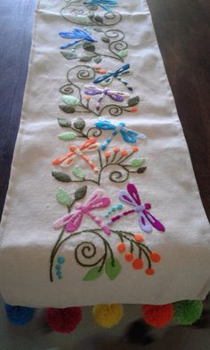Kerala Saree, Crewel Embroidery, Needlework, Diy And Crafts, Cross Stitch, Lily, Elsa, Canvas, Rugs