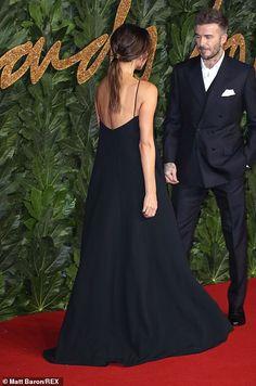 British Fashion Awards: Victoria Beckham leads the glamour Victoria Beckham Outfits, Victoria Beckham Style, Posh And Becks, David Beckham Style, Victoria Fashion, British Fashion Awards, Fashion Night, Fashion Top, Ladies Fashion