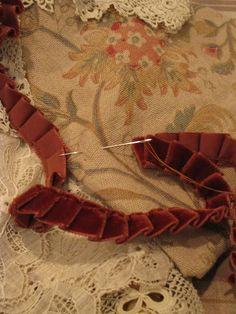 pleated velvet ribbon