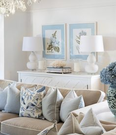 21 Insanely Gorgeous Hamptons Style Living Rooms to Inspire You Hamptons Living Room, Coastal Living Rooms, Hamptons Style Homes, The Hamptons, Living Room Furniture, Living Room Decor, Furniture Nyc, Furniture Stores, Cheap Furniture