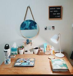 63 super ideas for dorm room organization diy summer Cute Room Ideas, Cute Room Decor, Beachy Room Decor, Beach Room, Surf Room, College Room, College Apartments, Room Goals, Aesthetic Bedroom