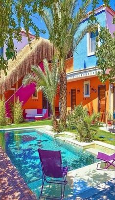 Now I just need a pool and a pool house! Effective images that we have about Color . - Now I just need a pool and a pool house! Effective pictures we offer through Colorful interiors caf - Exterior Design, Interior And Exterior, Exterior Doors, Pool Outfits, Beautiful Homes, Beautiful Places, Colourful Buildings, Colorful Houses, Belle Photo