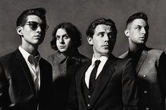 Alex Turner reveals Louis CK inspiration on new Arctic Monkeys album 'AM' Alex Turner, Will Turner, Arctic Monkeys Best Songs, Frases Arctic Monkeys, Lollapalooza, Arctic Monkeys Wallpaper, Monkey Wallpaper, Matt Helders, Playlists