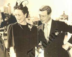 Duke and Duchess of Windsor.  Wow, that hat!