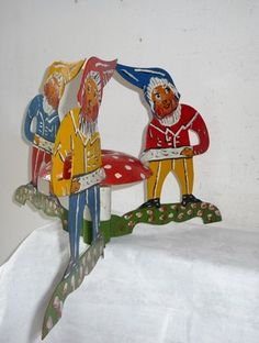 Vintage Christmas Tree Stand ~ European Elf/Gnomes from Austria or Germany, circa 1940