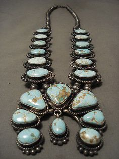 ABSOLUTELY-STUNNING-8-TURQUOISE-NAVAJO-STERLING-SILVER-SQUASH-BLOSSOM-NECKLACE