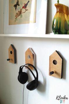 Wieszaki z palet - ptasie budki - instrukcja Klinika DIY Bird, Outdoor Decor, House, Home Decor, Decoration Home, Home, Room Decor, Birds, Home Interior Design