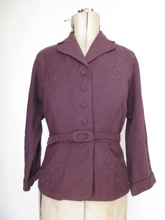 Vtg 1940s 1950s plum embroidered fitted & belted smart wool jacket. UK 12