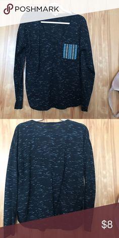 Lilly White XL boho/tribal print long sleeve Very comfortable long sleeve shirt! Love the boho pocket Lilly White Tops Tees - Long Sleeve