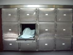 woman declared dead, awakes in Berlin morgue, then dies days later