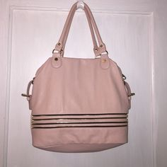 Blush Steve Madden Purse Blush colored purse with gold and black zipper detailing. Brand new never used with out tags. Steve Madden Bags Shoulder Bags