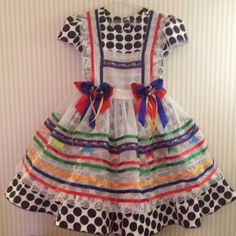 Caipira luxo!!! Pronta entrega tamanho 6 anos. Lindíssimo! #vestidocaipira…