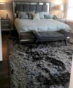Inspiring Marvelous Cozy Master Bedroom Design On A Budget: 95+ Best Ideas https://freshoom.com/15892-marvelous-cozy-master-bedroom-design-budget-95-best-ideas/
