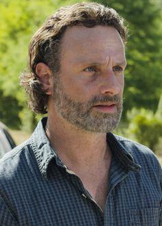 """"""" Rick Grimes in The Walking Dead Season 7 Episode 4   Service """""""