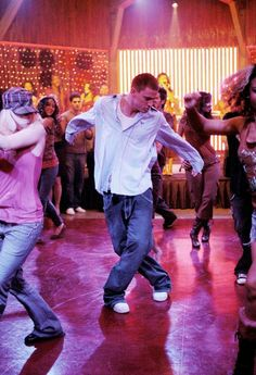 Sexy Dance (Step Up), Channing Tatum © 2006 Universal Studios. All Rights Reserved Step Up Dance, Just Dance, Step Up Movies, Good Movies, Step Up 3, Chaning Tatum, Urban Dance, Step Up Revolution, Breakdance