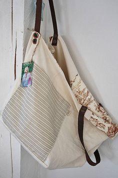 d0d4511d2465 A(z) Táskák nevű tábla 43 legjobb képe   Bags sewing, Beige tote ...