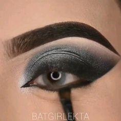 Makeup Eye Looks, Eye Makeup Art, Beautiful Eye Makeup, Pink Makeup, Eye Makeup Tips, Glitter Makeup, Smokey Eye Makeup, Girls Makeup, Makeup Videos