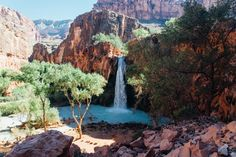 In October, Shoestring Adventures took a backpacking trip to Havasu Falls. Our mighty group of 12 included campers from California, Oregon and Wyoming. We all came together to swim in the magical b…