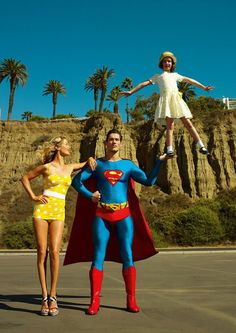 Carolyn Murphy & David Gandy....ok being from Kansas & he's dressed like Superman!! YES PLEASE!!! ❤️