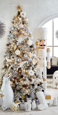 The high shine, clean finishes and mixed metallic palette of the Shine Bright ornament collection by Holiday Lane will appeal to your inner fashionista for a cosmopolitan take on Christmas decor Rose Gold Christmas Decorations, Elegant Christmas Trees, White Christmas Ornaments, Christmas Tree Design, Gold Christmas Tree, Christmas Room, Christmas Tree Themes, Christmas 2019, Luxury Christmas Decor