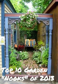 "#6 of the Top 10 Garden ""Nooks"" of 2013 #DIY #Landscaping"