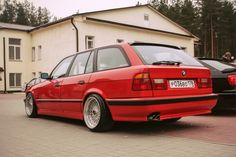 E34 | BMW | red BMW | red cars | classic cars | old school cars