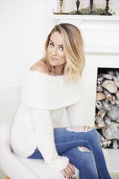 The official site of Lauren Conrad is a VIP Pass. Here you will get insider knowledge on the latest beauty and fashion trends from Lauren Conrad. Lc Lauren Conrad, 90210 Fashion, Summer Dress Outfits, Winter Outfits, Trends, Girls Wear, Autumn Fashion, Skinny Jeans, My Style