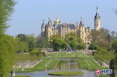 Noch mehr Wellness zum Wochenende hin!  Das 3-Sterne Van der Valk Landhotel #Spornitz ist genau das Richtige, um neben Wellness die einmalige Schönheit des Landschaftsschutzgebietes #Lewitz zu genießen und da Schloss #Schwerin  zu besuchen: DZ inklusive Frühstück für nur 35€ !!!