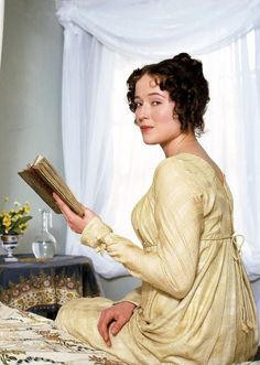 Jennifer Ehle as Elizabeth Bennet in Pride and Prejudice (TV Mini-Series, 1995).