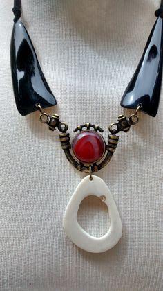 Biojoias - Green Jewelry / Filhas de Maria  Colar de Chifre, Ágata e Osso - Handmade - Artesanato