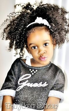 Curly short hair styles always look adorable on little girls. As a result, we see many young girls sport curls. Natural Hairstyles For Kids, Little Girl Hairstyles, Cute Hairstyles, Ponytail Hairstyles, Curly Haircuts, Hairstyles 2018, Beautiful Hairstyles, Black Hairstyles, Weave Hairstyles