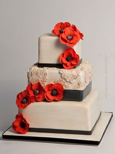 """""""vintage lace inspired wedding cake with sugar poppies"""" by Sugar Couture Cakes"""
