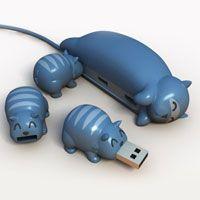 Cat USB hub and kitten thumb drives!