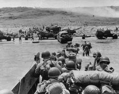 US reinforcements arriving on the Omaha sector, 6 June 1944