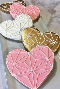 36 Wedding Cake Cookies Decor Ideas ♥ Mini cakes made of cookies are a great choice to treat every guest to a whole wedding cake and not only a cake. Check yourself and get inspired! #wedding #bride #weddingcookies Valentines Day Cookies, Valentines Day Funny, Valentine Day Cards, Geometric Patterns, Chocolate Bonbon, Wedding Cake Cookies, Christmas Getaways, Royal Icing Decorations, Cookies For Kids