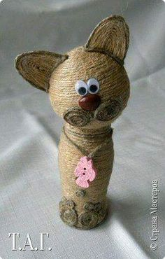 - - Mardi Gras Bead Crafts Strands - September Crafts For Kids Coloring Pages String Crafts, Burlap Crafts, Resin Crafts, Bead Crafts, Christmas Crafts To Make, Dollar Store Christmas, Handmade Toys, Handmade Crafts, Twine Flowers