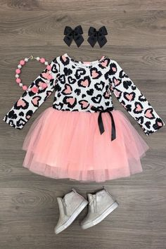 USA Girls Dress Outfit Toddler Baby Kids Clothing Cheetah Valentine Tutu Dress - October 26 2019 at Baby Girl Fashion, Cute Fashion, Kids Fashion, Fashion Clothes, Toddler Girl Style, Toddler Girl Outfits, Baby Outfits, Kids Outfits, Frack