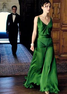 Gorgeous emerald green dress Keira Knightley wears in Atonement.