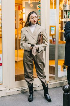 Street style - by sheisrebel.com #streetstyle #fashion #sheisrebel