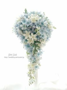 ブルースターのウェディングブーケTweedia Bouquet Cascading Wedding Bouquets, Cascade Bouquet, Blue Bouquet, Bride Bouquets, Floral Bouquets, Wedding Flowers, Romantic Wedding Colors, Floral Wedding, Silver Winter Wedding