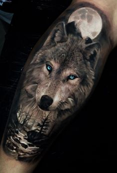 Wolf Tattoo Ideas which are daring and passionate - Hike n Dip wolf tattoo design<br> Wolf tattoo ideas are a representation of the need to trust our hearts & minds. Here is a collection of some of the best wolf tattoos which are really cool. Wolf Tattoo Forearm, Wolf Tattoo Sleeve, Best Sleeve Tattoos, Body Art Tattoos, Small Tattoos, Cool Tattoos, Arm Tattoos, Pretty Tattoos, Virgo Tattoos