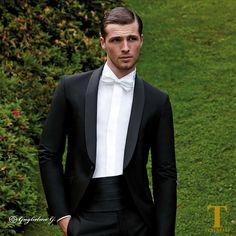 giacca uomo con revers in raso nero marca delange prezzi