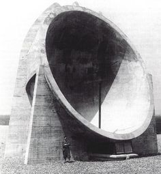 Dating back to the pre-war period, these colossal sound mirrors were built along the coasts of England and France as an experimental listening ear – a defense mechanism. A lone sound technician would be stationed in a small bunker within the concrete sound mirror to detect noises (such as approaching aircraft, etc.) from the sky