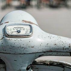 #old #vespa #vnb #rust #retro #vintage #piaggio