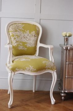 Sweetpea & Willow is an award winning French furniture boutique offering excellent value for French style and shabby chic furniture. French Furniture, Shabby Chic Furniture, Vintage Furniture, Painted Furniture, Sofa Design, Interior Design, Furniture Boutique, Cozy Chair, French Chairs