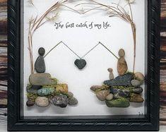 No Stone Unturned Rock Artwork by NoStoneUnturnedbyM on Etsy Stone Pictures Pebble Art, Stone Art, Sea Glass Crafts, Sea Glass Art, Stone Crafts, Rock Crafts, Frame Crafts, Diy Frame, Beach Crafts