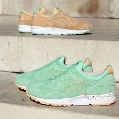 """Asics Gel Lyte V """"April Showers"""" Available in Store & Online  #Asics #asicsgellytev #gellyte5 #gellytev #gl5 #glv #aprilshowers #asicsaddict #asicsgallery #asicsteam #sneakers #kotd #sneakernews #solecollector #walklikeus #madrid #Malasaña #NOIRFONCE"""