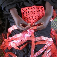 recyclage sac plastique solution afrique burkina faso artisanat design éthique environnement Les Filles du Facteur