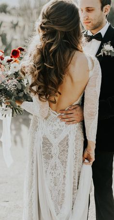 This Smoke Tree Ranch Wedding is Laid-Back Palm Springs Elegance Elegant bridal hair + a stunning lace gown by Grace Loves Lace Wedding Styles, Wedding Photos, Dresses Near Me, Wedding Hair Inspiration, Wedding Ideas, Wedding Blog, Wedding Venues, Tree Wedding, Wedding Ceremony